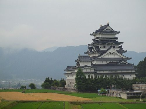 福井県勝山市 勝山城 | Nippon | 福井、福井 旅行、日本