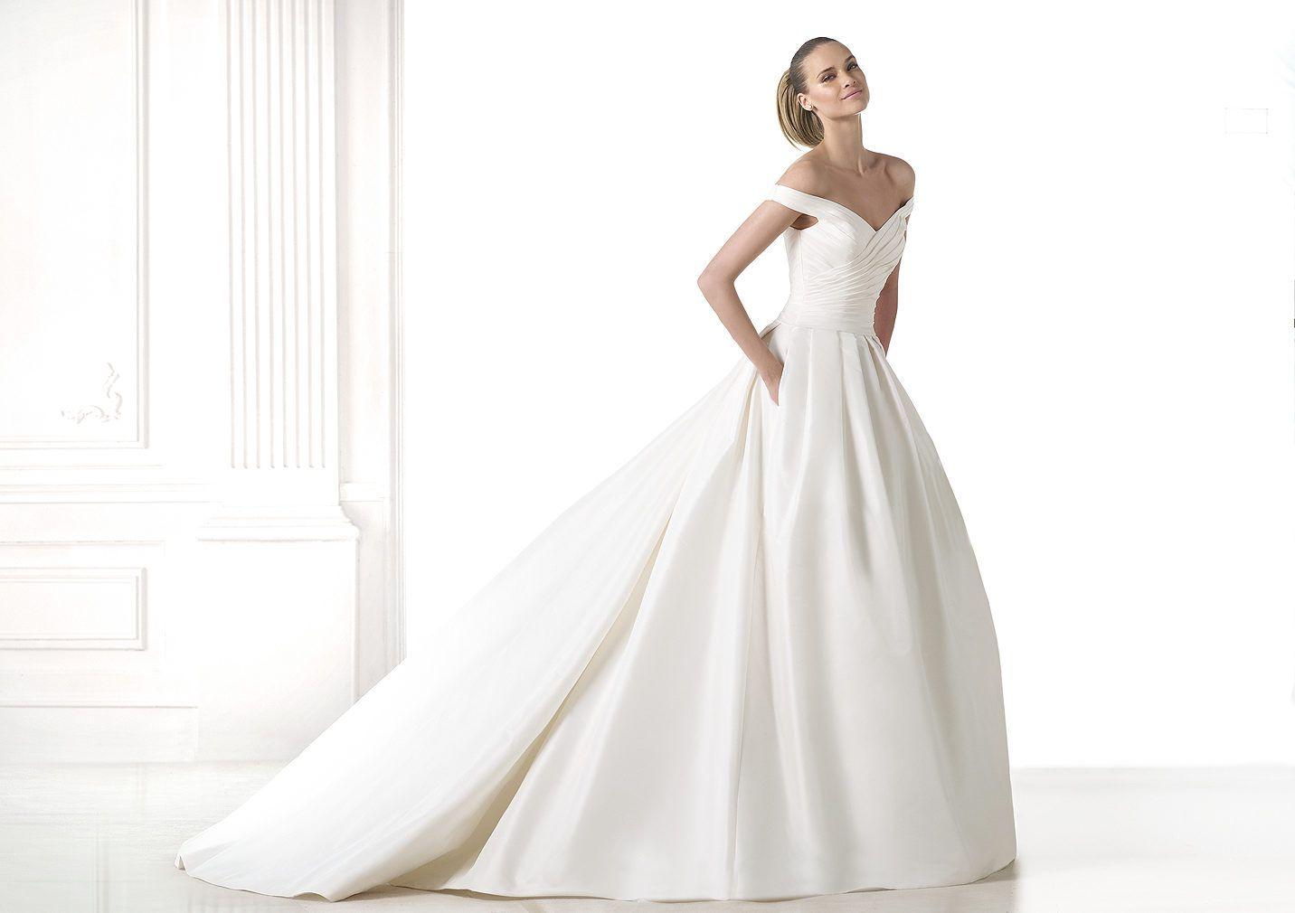 MADELEINE Dress for elegant brides in mikado silk Pronovias