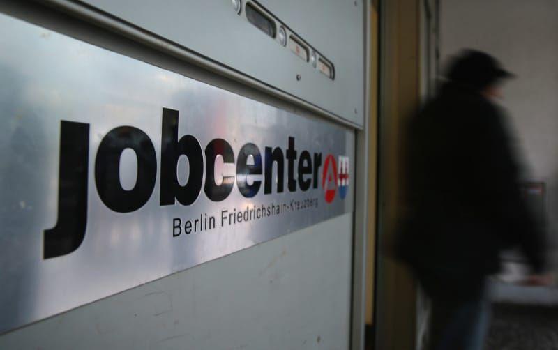 Dies sind alle mehr als 400 Jobcenter und wie hart diese ihre Arbeitslosen sanktionieren