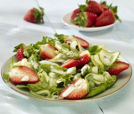 Wohnen Und Garten De Rezepte spargel erdbeer salat rezept wohnen und garten de salate