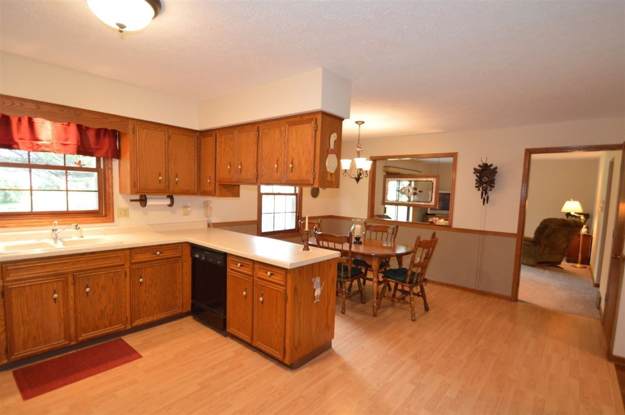 6804 Academy Trail, Rockford, IL 61107 - | Home, Home ...