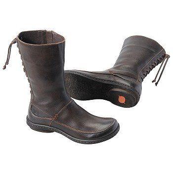 Born Women's Zuki Boot | Amazon.com