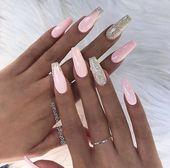 Schauen Sie sich unsere Sarg-Acrylnagel-Ideen mit verschiedenen Farben an. Trendy Coffi ... - Carol Mesmarian Nagel Blog -  - #Blog #Carol #Coffi #Farben #M #black nail #kylie jenner nail #nageldesign #nagellack #nail wedding #natural nail #pink nail #short nail #summer nail
