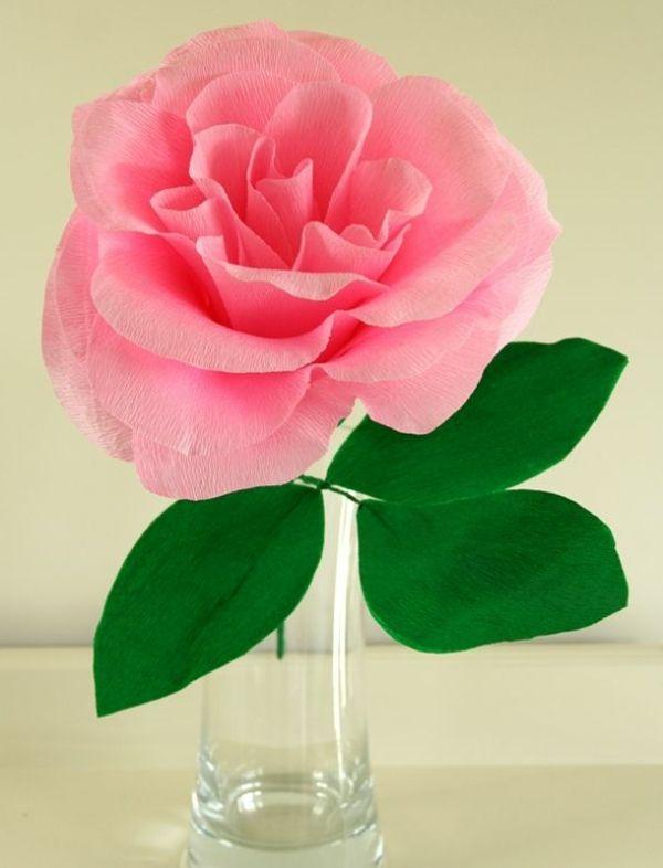 comment cr er une fleur en papier cr pon astuces et photos roses garden and. Black Bedroom Furniture Sets. Home Design Ideas