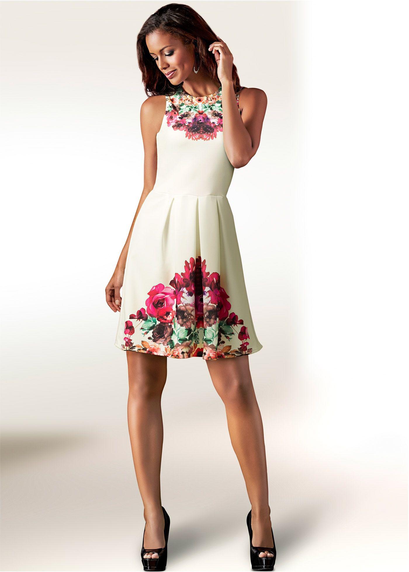 a7bd764e9 Vestido evasê estampado branco-creme multicolorido encomendar agora na loja  on-line bonprix.
