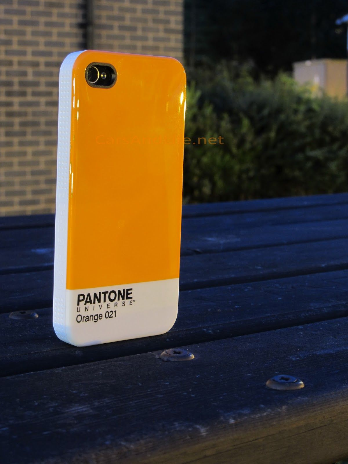 Cars & Life: #PANTONE #iPhone Case