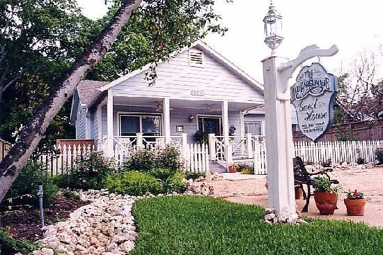 Seabrook Tx Front House Bed Breakfast Outdoor Decor