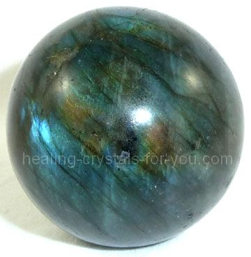 Labradorite Crystal Meaning Use Want To Awaken Your Magical Powers Best Healing Crystals Healing Crystals For You Labradorite Crystal