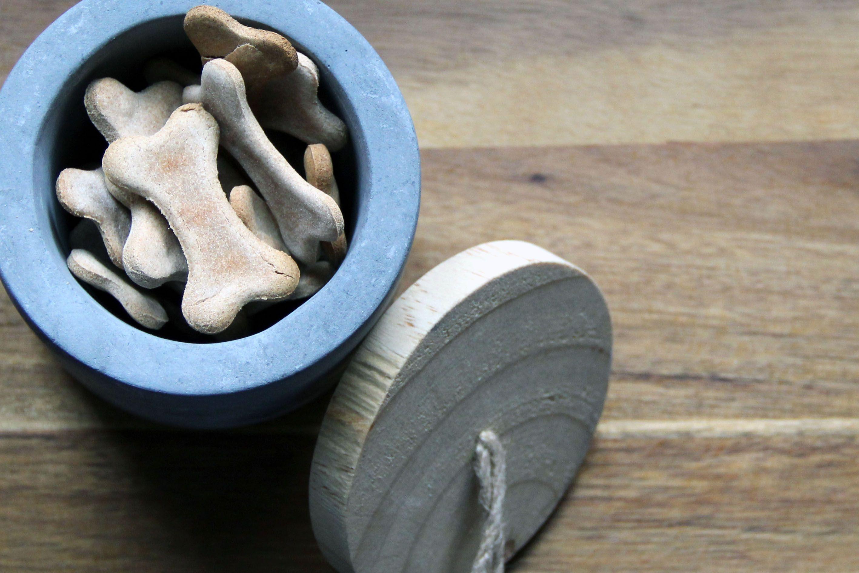 Hundeleckerli DIY - Banana Bones - dieses tolle Rezept lässt Ihren Liebsten dahin schmelzen!
