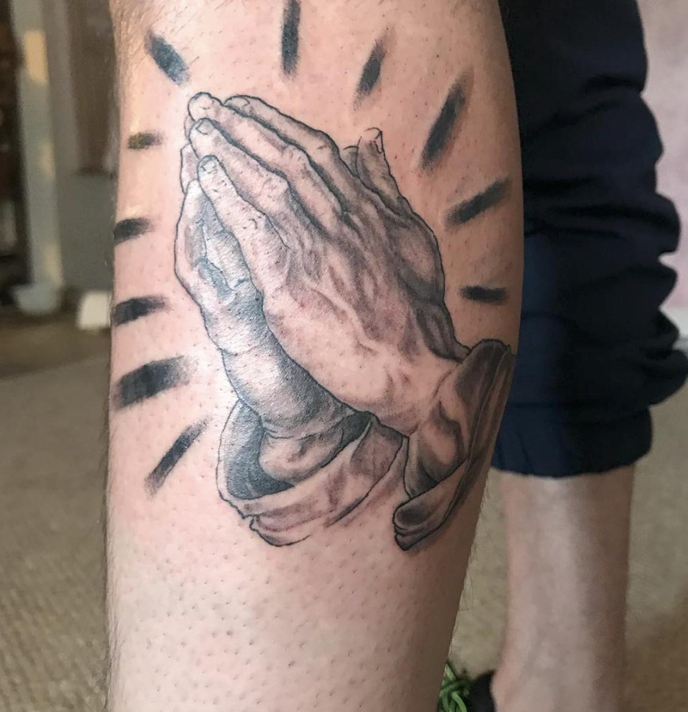 Tattoo Black And Gray Praying Hands Prayer Praying Hands Tattoo Hand Tattoos Praying Hands Tattoo Tattoos