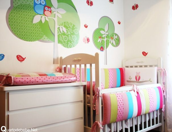 Quarto de bebê com papel de parede coruja  Bebe baby, Babies and Nursery
