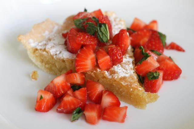 Looking for easy spanish dessert recipes try this delicious and looking for easy spanish dessert recipes try this delicious and easy spanish almond tart forumfinder Image collections