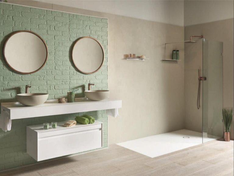 Badezimmer Im Vintage Stil Mit Moderner Bodenbundiger Dusche Runde Badezimmerspiegel Vintage Badezimmer Rustikale Bader