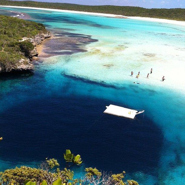 фото голубая дыра дина на багамах