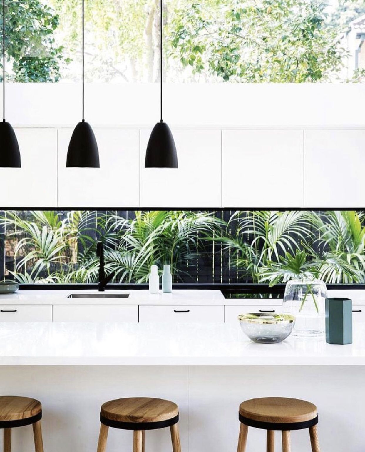 Kitchen with leafy green outlook ...