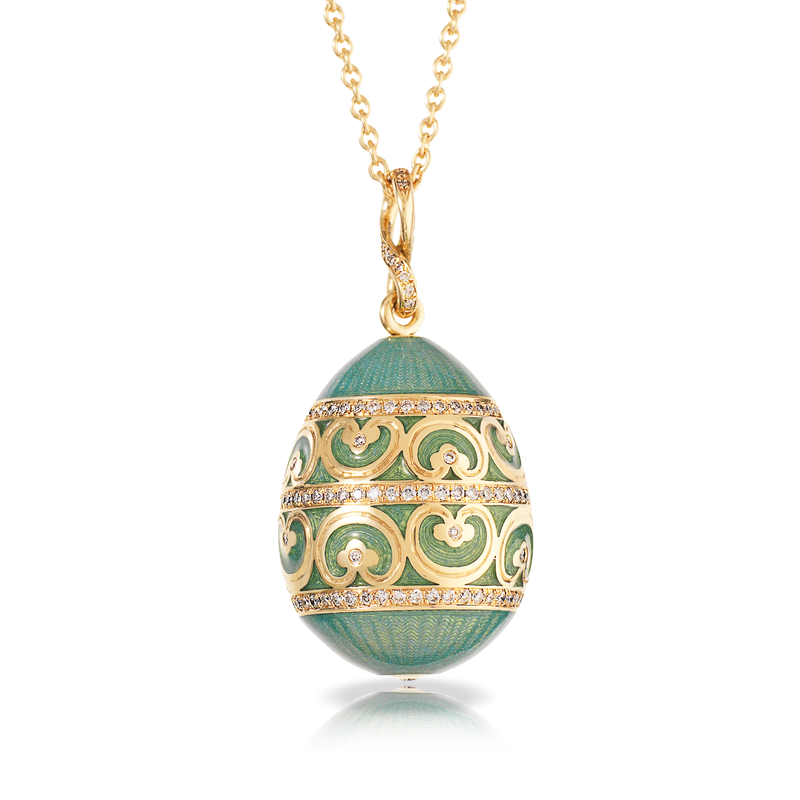 Oeuf yusupov empereur bleu du nil the egg is crafted in yellow modern faberg oeuf yusupov bleu du nil egg pendant with gold diamonds and green enamel mozeypictures Gallery