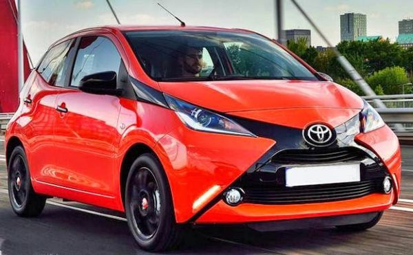 toyota aygo 2016 price and specs cars pinterest toyota aygo toyota dan upcoming cars. Black Bedroom Furniture Sets. Home Design Ideas