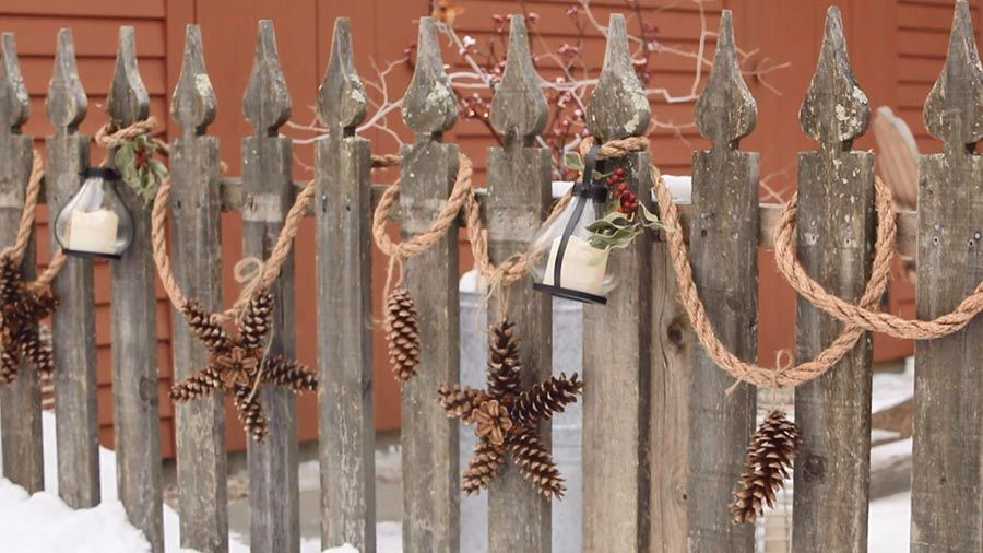 Holiday-Inspired Outdoor Decorating That Lasts #outdoorchristmasdecorations