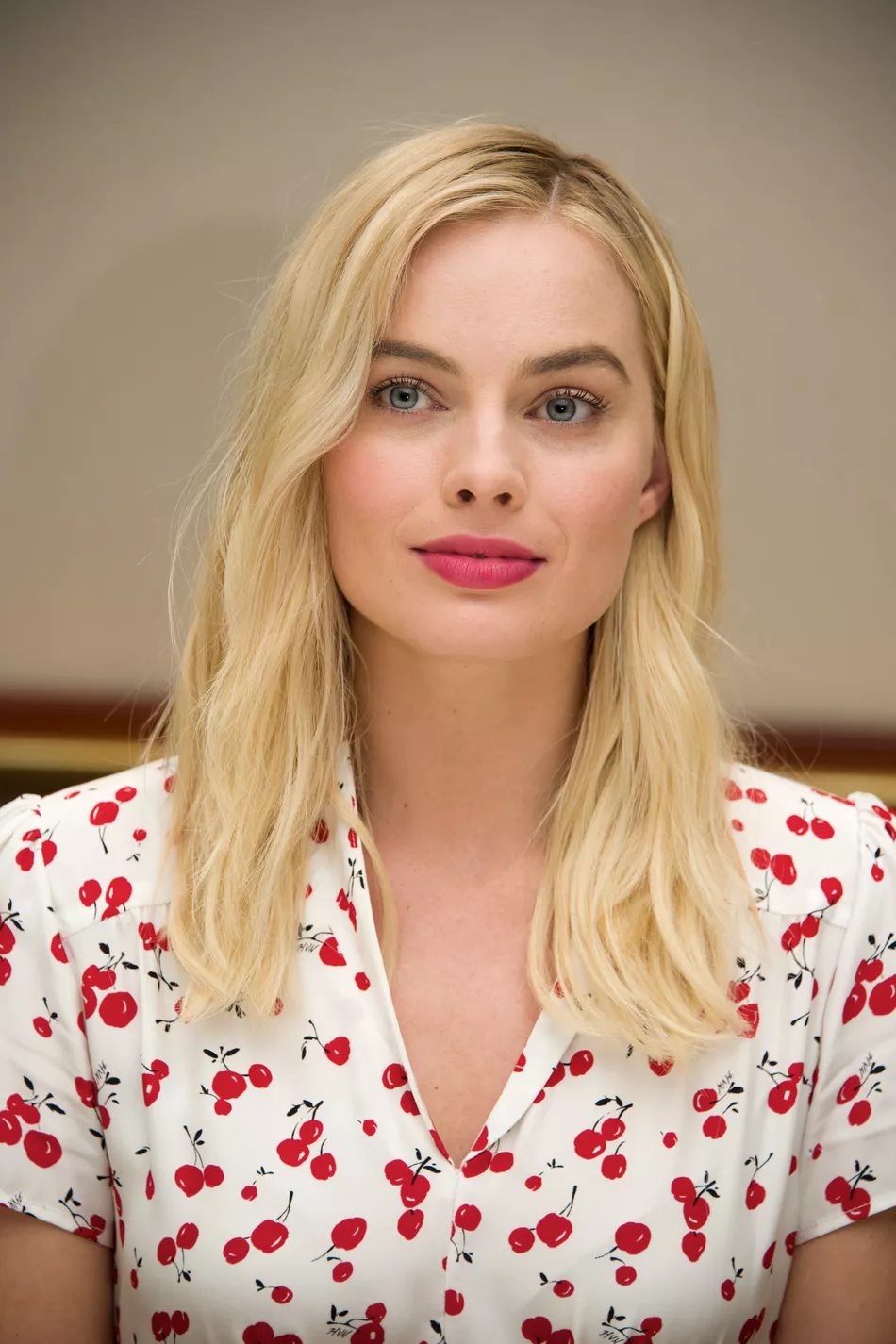 Margot Robbie on Her Favorite Concealer and Can't-Live-Without Skin Savior