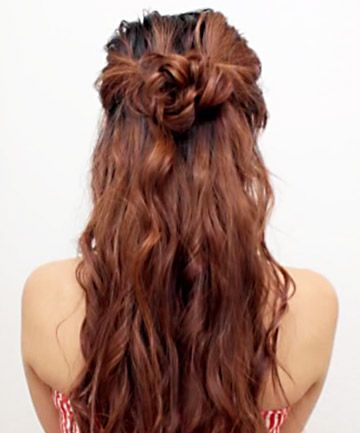 The It Girl Hairstyle That Takes Less Than 10 Minutes Half Bun Hairstyles Wedding Guest Hairstyles Wedding Guest Hairstyles Long