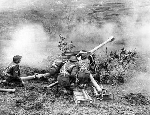 German 50 Mm Anti Tank Gun: New Zealand Gunners Fire At The Enemy From A Captured