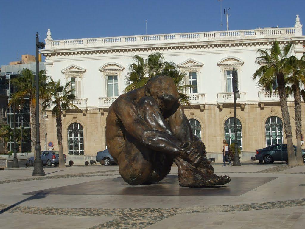 El zulo, (Cartagena), bronce de Víctor Ochoa - homenaje de la ciudad a las víctimas del #terrorismo