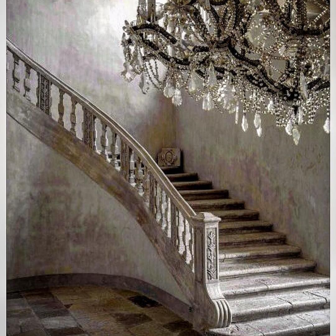20 Attractive Painted Stairs Ideas: One Of The Most Beautiful Stairways