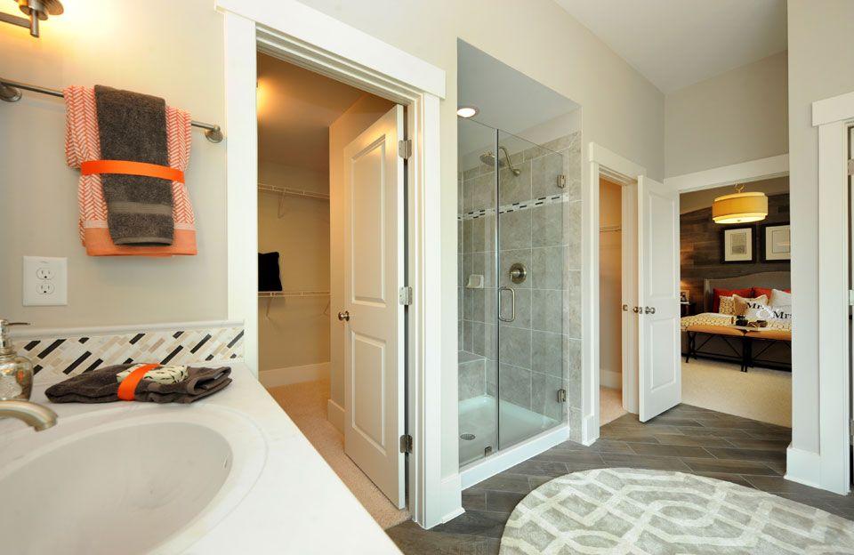 Buchanan E Owner\'s Bath with walk-in closet, Buchanan Model/Floor ...