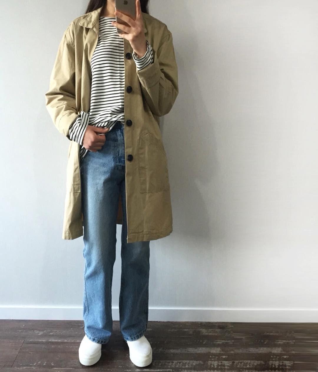 벚꽃연금을 탄생시킨 장범준 앨범 하루종일 무한반복 중이여요 우리 같이 들어요 . outer : Washing half single coat (no. 69601) top : Many color thin stripe tee (no. 69602) bottom : Washing semi boots cut denim (no. 68603) . #데일리룩 #dailylook #데일리먼데이 #dailymonday #장범준 by dailymonday_korea