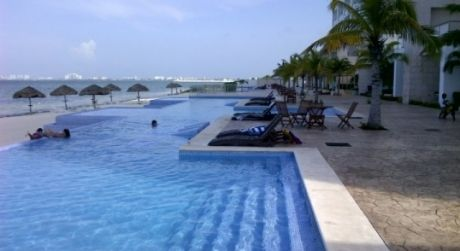 beachfront condo for sale in cancun mexico water view homes for rh pinterest com