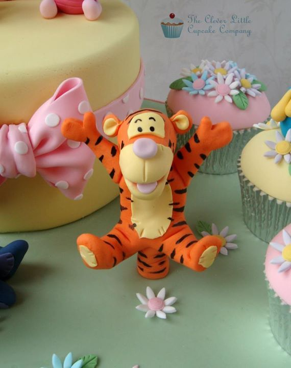 Tigger Cake Topper