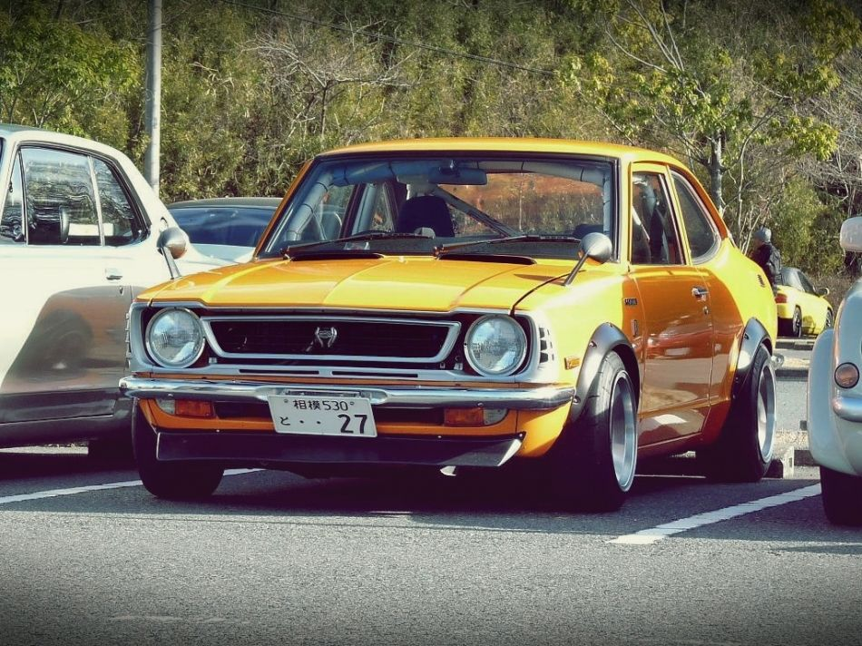 19+ Toyota retro high quality