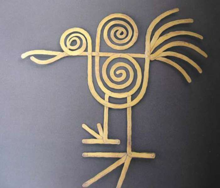 Calder, bird brooch, c. 1945, brass wire.