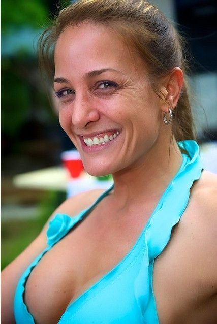 Best dating sites for 40 year old woman