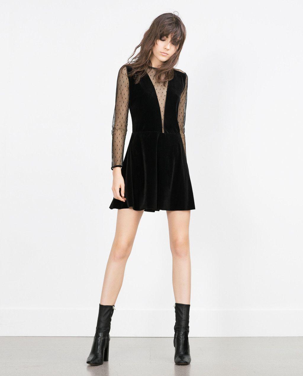 Los 17 vestidos negros de Zara con los que triunfarás en Navidad de día y de noche