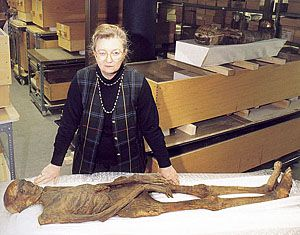 For nearly three decades, Rosalie David has directed the mummy research project at the Manchester Museum at Britain's Manchester University, home of one of Europe's finest Egyptian antiquities collections and one of the oldest research institutions in Egyptology.