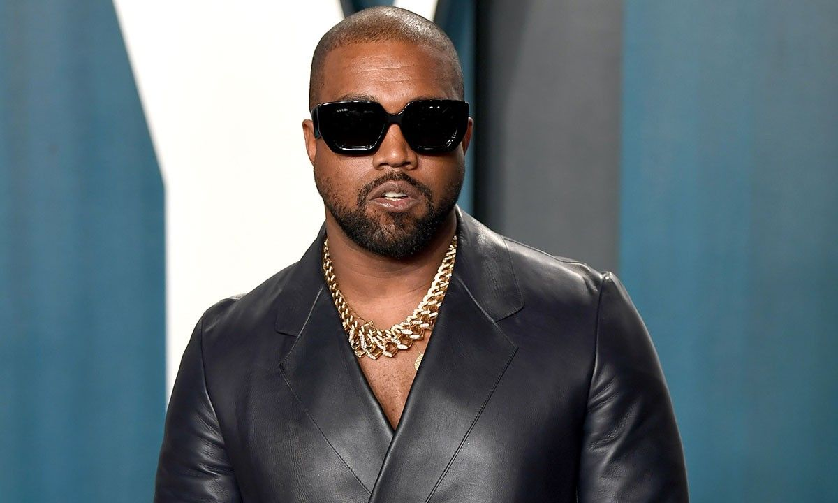 Kanye West Named Billionaire By Forbes With 100 Ownership Of Yeezy Brand In 2020 Kanye West Kanye West Interview Kanye