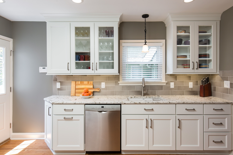 Express Custom Kitchens And Baths Kansas City Custom Kitchens Kitchen Glass Kitchen Cabinets