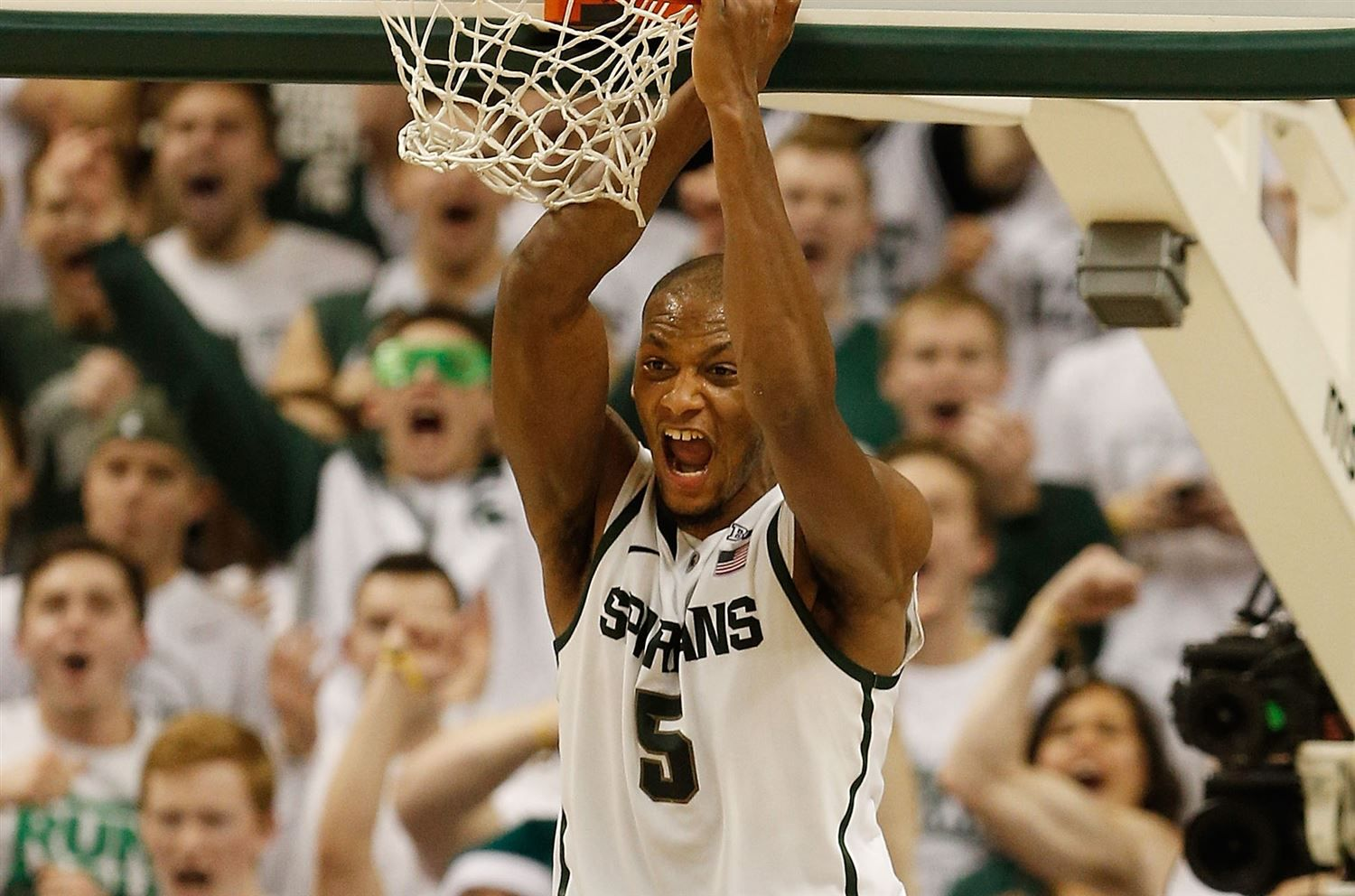 # 3 Michigan State vs. # 21 Michigan: Sat, Jan 25 7:00 PM EST - Click the GettyImages picture to access the movoli game wall