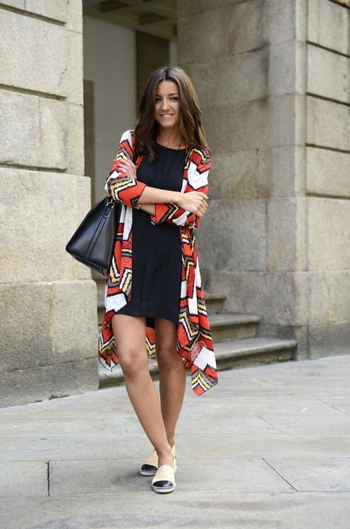 Dress And Kimono Cardigan 2017 Street Style | Street Style ...