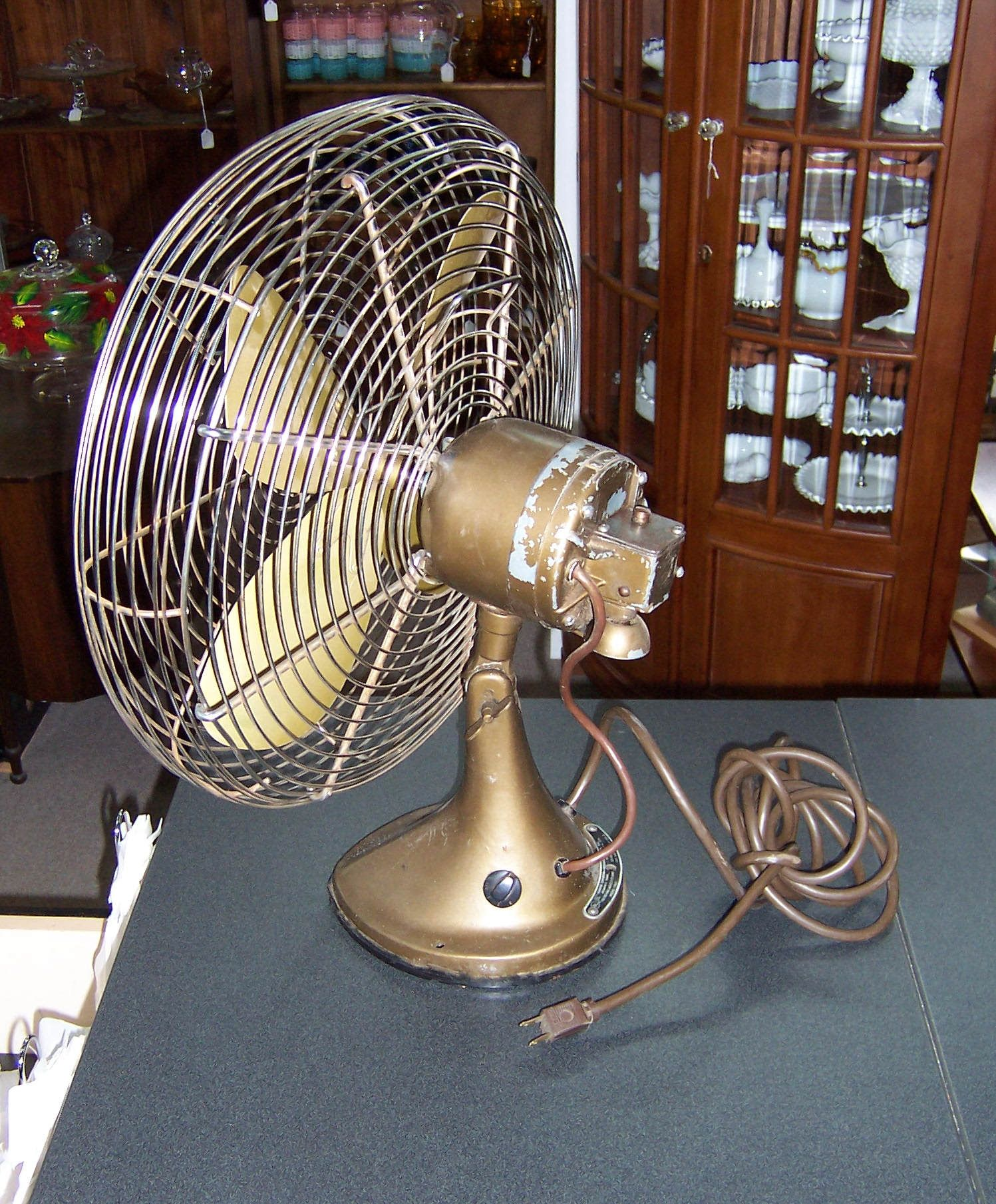 Vintage hunter electric fans httponlinecompliancefo vintage hunter electric fans hunter fan has been in the industry of making quality made ceiling fan since the primary hunter fan units are powered aloadofball Images
