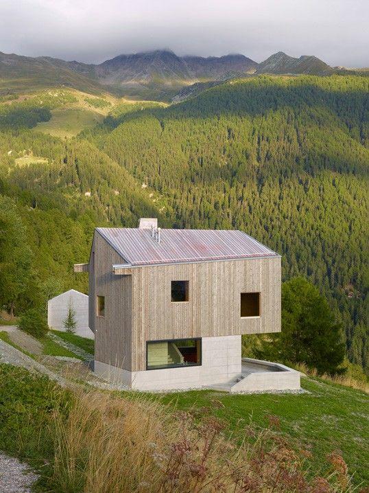 Charmée par toutes les réalisations de savioz fabrizzi architectes. #lejournaldedesign