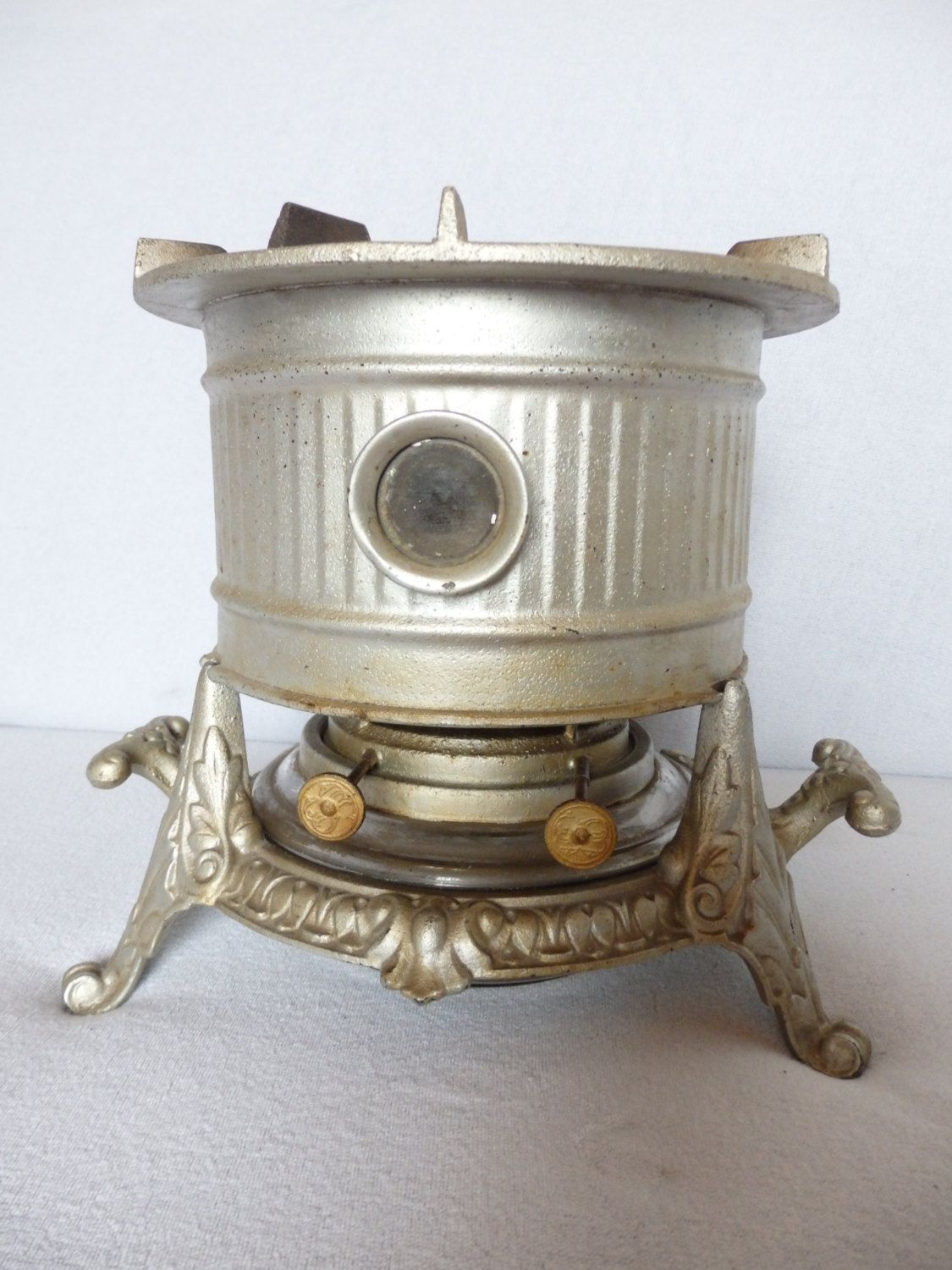Old cast iron stove, 20s 30s years, 2 flame cooker, camping stove ...