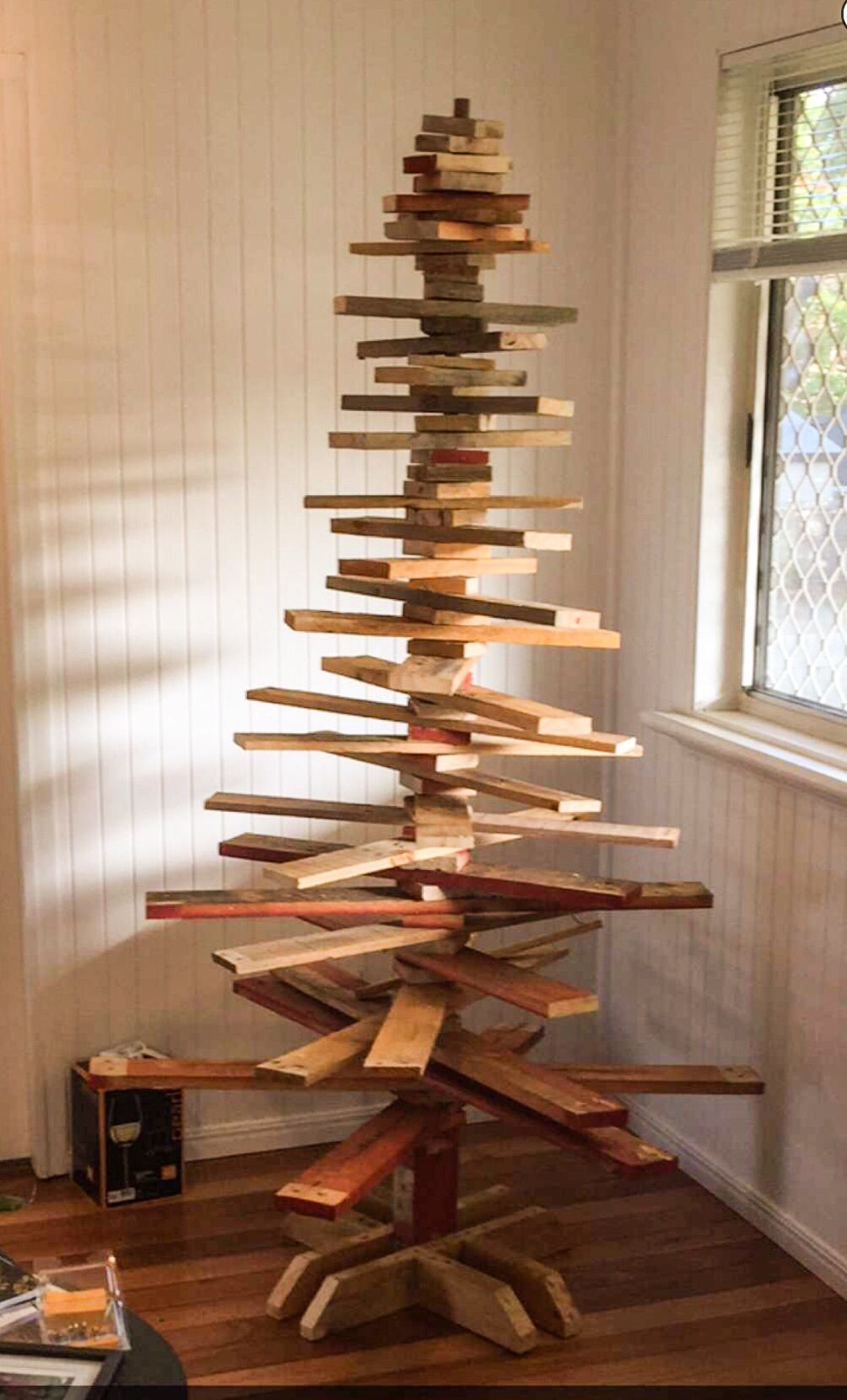 Pallet Timber Christmas Tree Made From Recycled Timber Pallets This Raw Finish Creates Mo Fun Christmas Decorations Wooden Christmas Trees Wood Christmas Tree