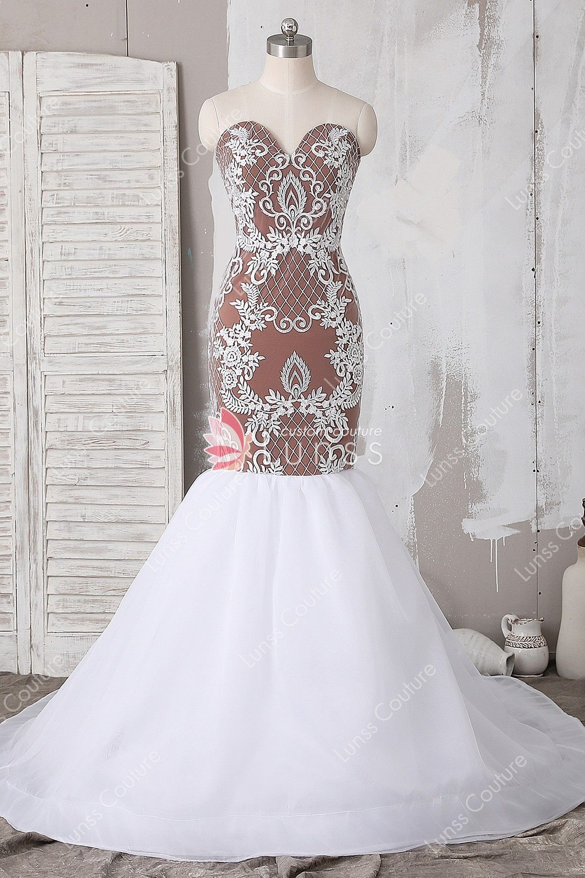e1985f8fdcfc7 This custom made mermaid wedding dress features ivory symmetric abstract  pattern lace fabric overlaid from strapless