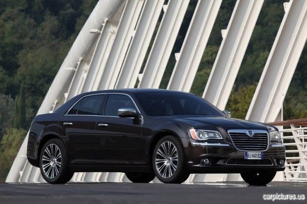 2012 Lancia Thema Lancia Pinterest Car Pictures Cars And