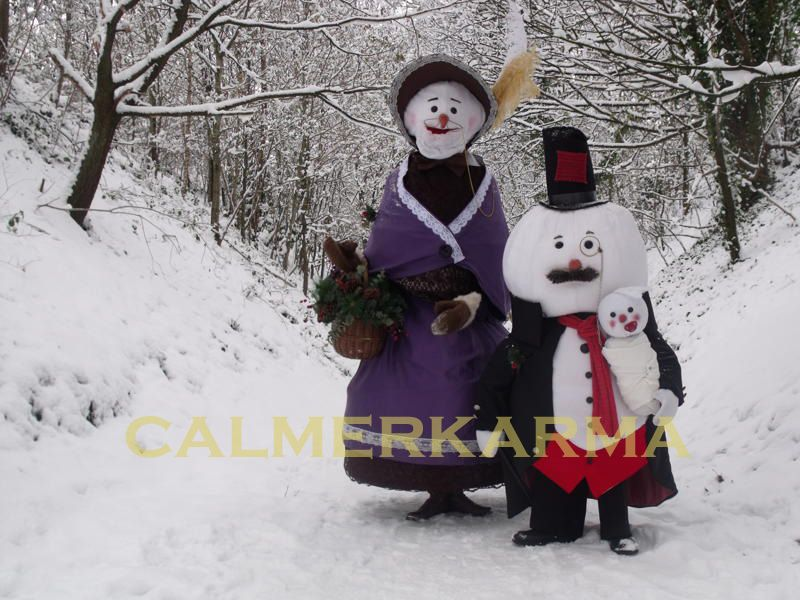 XMAS ACTS TO HIRE- THE SNOWMAN FAMILY - BIRMINGHAM LONDON MANCHESTER http://www.calmerkarma.org.uk/snowman-walkabout-acts-to-hire.html
