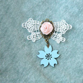 Retro Sakura Shape and Handmade Rose Embellished Women's Lace Brooch, AS THE PICTURE in Brooches   DressLily.com