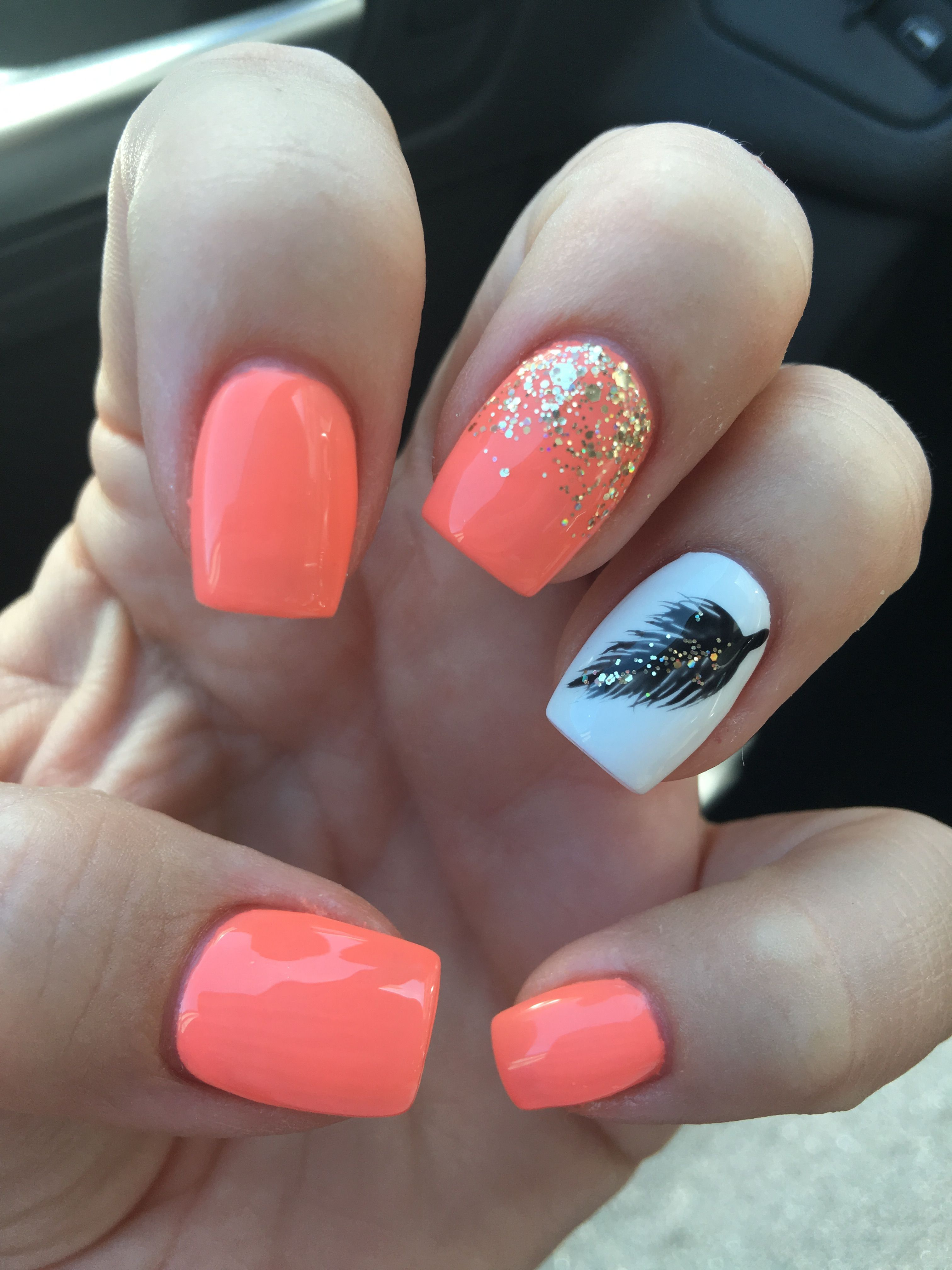 Black Gold Nails Coral Nails With Gold Glitter White And Black Hand Painted Fea Black Coral Fea Glitte In 2020 Feather Nails Coral Nails Coral Nails With Design