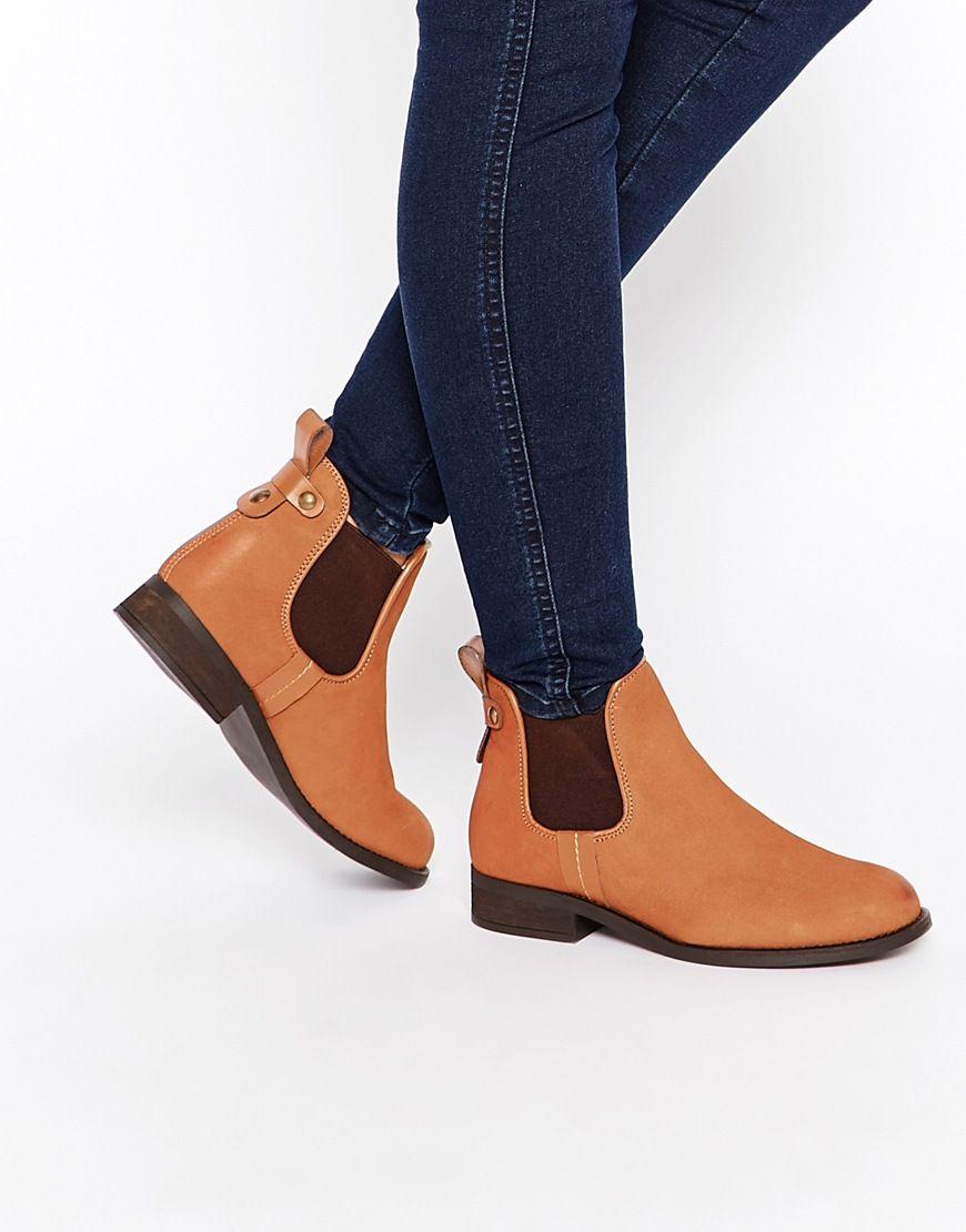 1292a8ecab4 Steve Madden Gilte Tan Flat Chelsea Boots